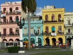 cuba,carnet de voyage,place de la révolution,femme battue,yamel santana