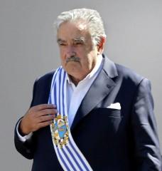 cuba - raul castro - uruguay